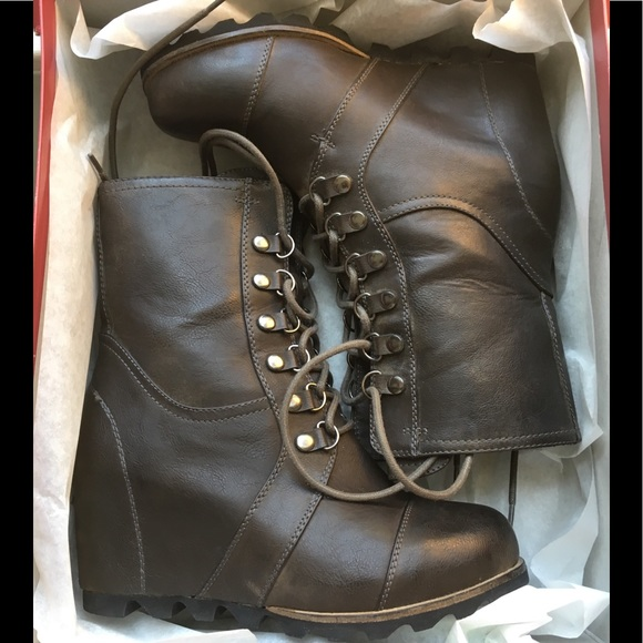 220d73f9dbe0 ... wedge boots